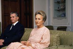 Jobban utálták, mint a férjét – 103 éve született Elena Ceaușescu - WMN Mafia, Romanian People, Tragic Love Stories, Cult Of Personality, My Favourite Subject, Fidel Castro, Vladimir Putin, Writing Poetry, Tudor