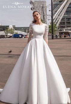 Buy Wedding Dress, Muslim Wedding Dresses, Gorgeous Wedding Dress, Wedding Dress Sleeves, Beautiful Gowns, Bridal Gowns, Wedding Gowns, Fancy Dress Design, Long Sleeve Wedding