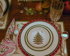 Spode with polka dot charger