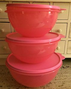 NEW Tupperware Set of 3 PINK Nesting Wonderlier Bowls 6-12 cup MIX PREP BAKE