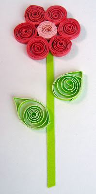 Have you ever tried quilling ? It's super simple and I don't think embellishments could be any cheaper to make! I'm not talking about making...
