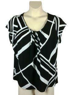 7d9ebaff49375 Womens Worthington Blouse Plus Size 2X Black and White Pleated Neckline Cap  Slv  Worthington