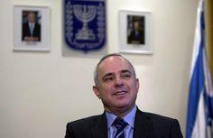 Nucléaire iranien: Israël met de nouveau la pression sur les grandes puissances. Le ministre israélien des Affaires stratégiques a demandé ce dimanche aux grandes puissances de fixer une date limite pour persuader l'Iran de cesser son programme d'enrichissement nucléaire au lendemain de l'échec d'une nouvelle série de négociations avec Téhéran.