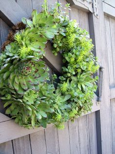 Simple Details: diy succulent wreath