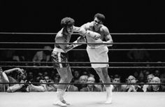 Muhammad Ali vs Jimmy Ellis, July 26 1971, Astrodome Houston, broadcast on closed-circuit tv throughout the country, watching alongside my pops, Louisville Gardens