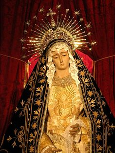 File:Virgen de la Soledad de Almería en su Besamanos del 15 de Septiembre.jpg