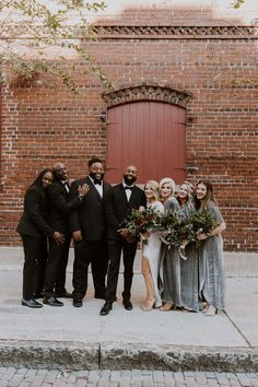 Sam & Craig's Modern Industrial wedding at CL Space in Ybor has been featured on The Knot Florida 's Spring/Summer 2019 issue! 1920s Wedding, Wedding Gowns, Our Wedding, Wedding Flowers, Dream Wedding, Wedding Parties, Wedding Venues, Wedding Ideas, Wedding Stuff