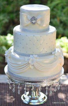 Ideas For Wedding Cakes 2 Tier Bows Diamond Wedding Cakes, Bling Wedding Cakes, White Wedding Cakes, Elegant Wedding Cakes, Beautiful Wedding Cakes, Gorgeous Cakes, Wedding Cake Designs, Pretty Cakes, Wedding Ideas