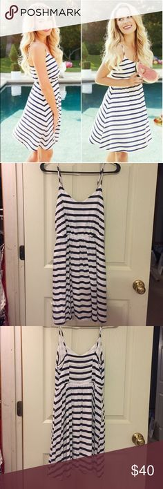 Striped LC dress nautical navy&white💜FINAL PRICE Super cute! Worn 2 times and still in great condition! Not stains etc. Price firm unless bundled 😊 LC Lauren Conrad Dresses Mini