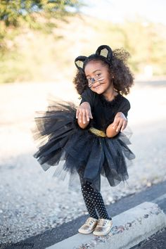 Easy Child's Cat Costumes  - Just Destiny Mag #michaelsmakers