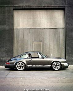 Porsche 911 – Best Luxury Cars Source by parrudoricardo Porsche Classic, Classic Cars, Porsche 911 964, Porsche Cars, Porsche Garage, Golf Mk1, Allroad Audi, Carros Lamborghini, Vw Mk1