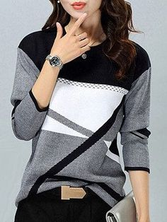 Broaden your wardrobe with ILookfashion Women plus size tops & sweaters! Browse short & long sleeve blouses, and button-down plus size tops for women! Loose Sweater, Long Sleeve Sweater, Casual Sweaters, Sweaters For Women, Cheap Womens Tops, Pull Gris, Womens Fashion Online, Ideias Fashion, Clothes For Women