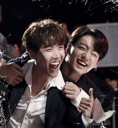 All smiles for winning too duo/group Taehyung, Yoongi, Bts Jungkook, Namjin, Jung Hoseok, Jikook, Seokjin, Fandom Kpop, Bts Aesthetic Pictures