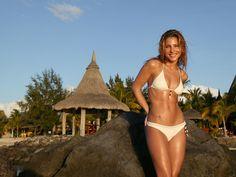 Elsa-Pataky-in-bikini-wallpaper.jpg (1024×768)