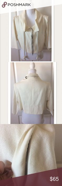 "MARNI  Knit Cropped Jacket with Removable Sleeves Beautiful!  Unique style, removable zip sleeves Rob trim drawstring along neckline Double zip closure Ivory kniw Cropped  Size 44  Measures approximately: total length 15"" bust across 20""  Gentle, normal wear. Does has a few marks/smudges throughout and on INSIDE of the neckline. Has not been cleaned/treated. One of the loops is loose behind the collar. Could use a light cleaning.  Refer to photos.  PLEASE ASK ANY QUESTIONS BEFORE PURCHASE…"