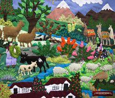 ARPILLERA DE PARED , MY GRANJA ANDINA - ARPILLERA ARTE POPULAR - ARTESANIA PERUANA Hechos a mano por mujeres peruanas, que cuenta un día de vida en el campo. Un domingo caluroso, un hermoso día, las nubes abren paso para la salida del sol que con sus rayos abrigan las cimas de la Peruvian Art, Peruvian Textiles, Arte Popular, Quilted Wall Hangings, Doodle Art, Diy Art, Needle Felting, Folk Art, Dinosaur Stuffed Animal