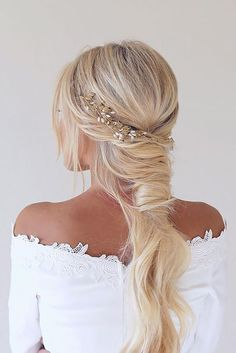36 Boho Inspired Creative And Unique Wedding Hairstyles ❤️ boho unique wedding hairstyles with accessories beckygaode ❤️ See more: http://www.weddingforward.com/creative-unique-wedding-hairstyles/ #wedding #bride #weddinghairstyles #uniqueweddinghairstyles #bohoweddinghairstyles