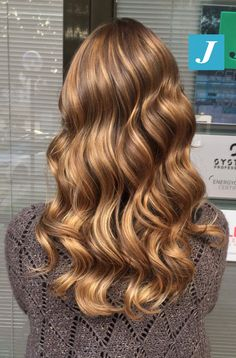 It's not a dream _ Degradé Joelle #cdj #degradejoelle #tagliopuntearia #degradé #igers #musthave #hair #hairstyle #haircolour #longhair #ootd #hairfashion #madeinitaly #wellastudionyc