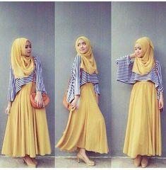 ♥ Muslimah fashion & hijab style Awesome contrast by stripes Islamic Fashion, Muslim Fashion, Modest Fashion, Hijab Style, Hijab Chic, Modest Wear, Modest Dresses, Muslim Girls, Muslim Women