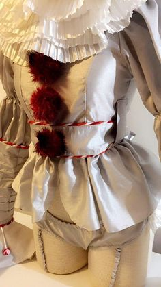 Hot Pennywise Costume, Sexy Pennywise, Girl Pennywise, Scary clown/ IT 2017 cosplay/ Stephen King IT Sexy Clown Costume, Clown Halloween Costumes, Halloween 2019, Scary Costumes, Girl Costumes, Halloween Customs, Halloween Outfits, Halloween Diy, Pennywise Outfit