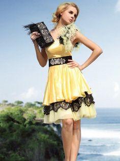 one shoulder romantic Elegant yellow