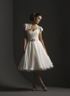 Short+Wedding+Dresses+with+Sleeves | Beautiful Short Casual Wedding Dresses with Sleeves