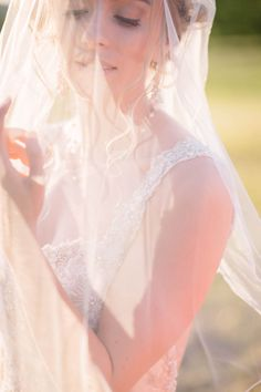 Beautiful light and a veil. You've got yourself a beautiful shot. Photo by Cagdas Yoldas Photography. Beautiful Lights, Most Beautiful, Shot Photo, Bridal Style, Veil, Going Out, You Got This, Diva, Weddings