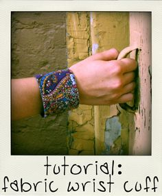 wrist cuff tutorial from fern and freckle - has size info for different size wrists. Textile Jewelry, Fabric Jewelry, Fabric Bracelets, Cuff Bracelets, Diamond Bracelets, Cuff Jewelry, Jewlery, Fine Jewelry, Fabric Beads