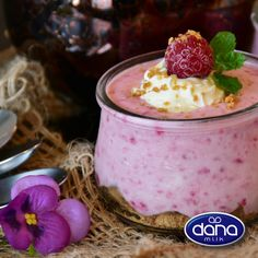 A pot of DANA yogurt per day not only helps to stabilize the intestinal flora but also prevents the development of harmful bacteria in the intestine. And it also contains calcium, magnesium and phosphorus, minerals essential for bones. Take care of your family with a pot of DANA yogurt a day. #DANAformyfamily