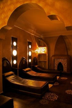 HAMMAM = Les Bains de Marrakech Spa Hammam, Traditional Baths, Wish I Was There, Holiday Places, Marrakesh, Moroccan Style, Spa Day, Recherche Google, Middle East