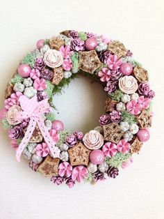 A Main Hobbies Chico Refferal: 8119808172 Advent, Cheap Hobbies, Summer Design, Summer Wreath, Summer Crafts, Easter Baskets, Door Wreaths, Burlap Wreath, Floral Wreath