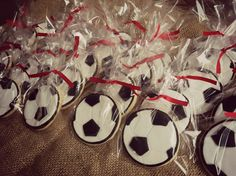 Futbol cookies Soccer ball cookies