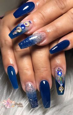 Best gorgeous and stunning blue stiletto nails idea you may love 02 Blue Stiletto Nails, Blue Acrylic Nails, Acrylic Spring Nails, Blue Coffin Nails, Prom Nails, Bling Nails, Glitter Nails, Nails Now, My Nails