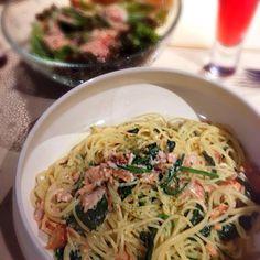 残り物夕食シリーズ - 0件のもぐもぐ - サーモンとほうれん草のクリームパスタ by coichi