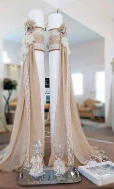Daisy Wedding, Wedding Set Up, Greek Wedding, Wedding Stage, Art Deco Wedding, Wedding Hall Decorations, Banquet Decorations, Wedding Centerpieces, Glamour Decor