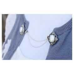 Sweater clips were so popular back in the and pretty much timeless. The sweater clip holds a lightweight sweater in place when worn normally Gemstone Jewelry, Silver Jewelry, Vintage Jewelry, Silver Earrings, Silver Ring, Enamel Jewelry, Silver Bracelets, Cardigan Clips, Collar Tips