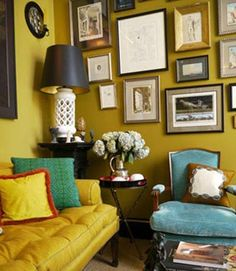 yellow sofa home wall gallery art decor eclectic ideas blue chair green walls chartreuse colors Mustard Walls, Mustard Sofa, Yellow Sofa, Sofa Home, Mellow Yellow, Bright Green, Mustard Yellow, Home And Deco, Eclectic Decor