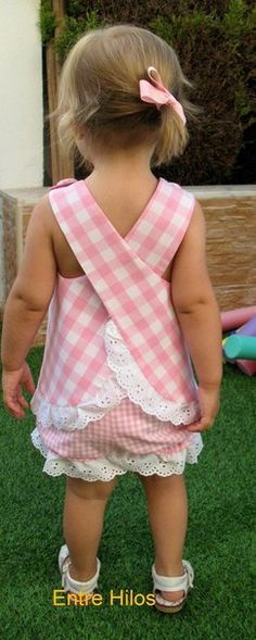 ideas for sewing clothes kids toddlers dress patterns Little Dresses, Little Girl Dresses, Girls Dresses, Baby Dresses, Dress Girl, Sewing For Kids, Baby Sewing, Fashion Kids, Fashion 2014