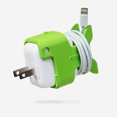 Transform your iPad charger into a delightful cable organizer. Nibbles CableKeeps™ give your dull white iPad charger some added personality and utility. Nibbles secures your USB charging cable to Appl
