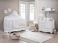 Love the cot and compactum Toddler Rooms, Toddler Bed, Baby Rooms, Princess Room, Nursery Inspiration, Cool Rooms, Baby Decor, Cot, Kids Room