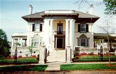 Lynchburg Mansion Inn Bed & Breakfast