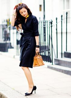 Tip 1: Standout accessories are a good way to liven up more traditional interview outfit.