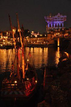 Tokyo DisneySea Disney Parks, Walt Disney, Tokyo Disneyland Resort, Tokyo Disneysea, Lost River, Mermaid Lagoon, Go To Japan, Amusement Park, Shanghai