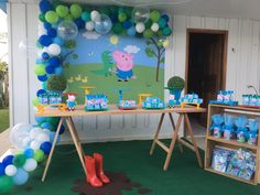 Cumple George Pig, Peppa E George, George Pig Party, Abc Birthday Parties, Birthday Party Decorations, Peppa Pig Balloons, Peppa Pig Birthday Invitations, Peppa Pig Teddy, Aniversario Peppa Pig