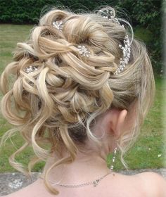 Braided Chignon With Vintage Curls