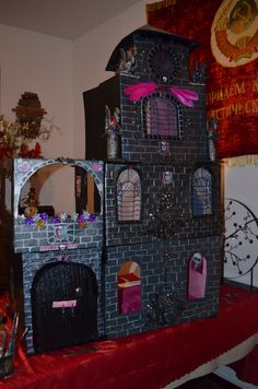 Cardboard Monster high dollhouse - diy