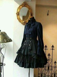 Pretty Outfits, Pretty Dresses, Beautiful Dresses, Cool Outfits, Old Fashion Dresses, Fashion Outfits, Fashion Clothes, Fashion Tips, Fashion Accessories