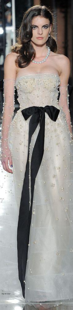 Reem Acra spring 2018 bridal