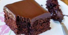 Flourless Chocolate Cake with Chocolate Glaze - Reposteria - Delicious Cake Recipes, Easy Cake Recipes, Sweets Recipes, Yummy Cakes, Yummy Food, Chocolate Olive Oil Cake, Chocolate Glaze, Greek Sweets, Greek Desserts