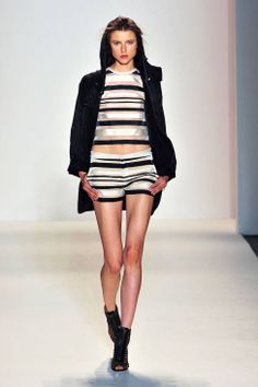 Rachel Zoe Spring 2014 Ready-to-Wear Runway - Rachel Zoe Ready-to-Wear Collection  -- stripes